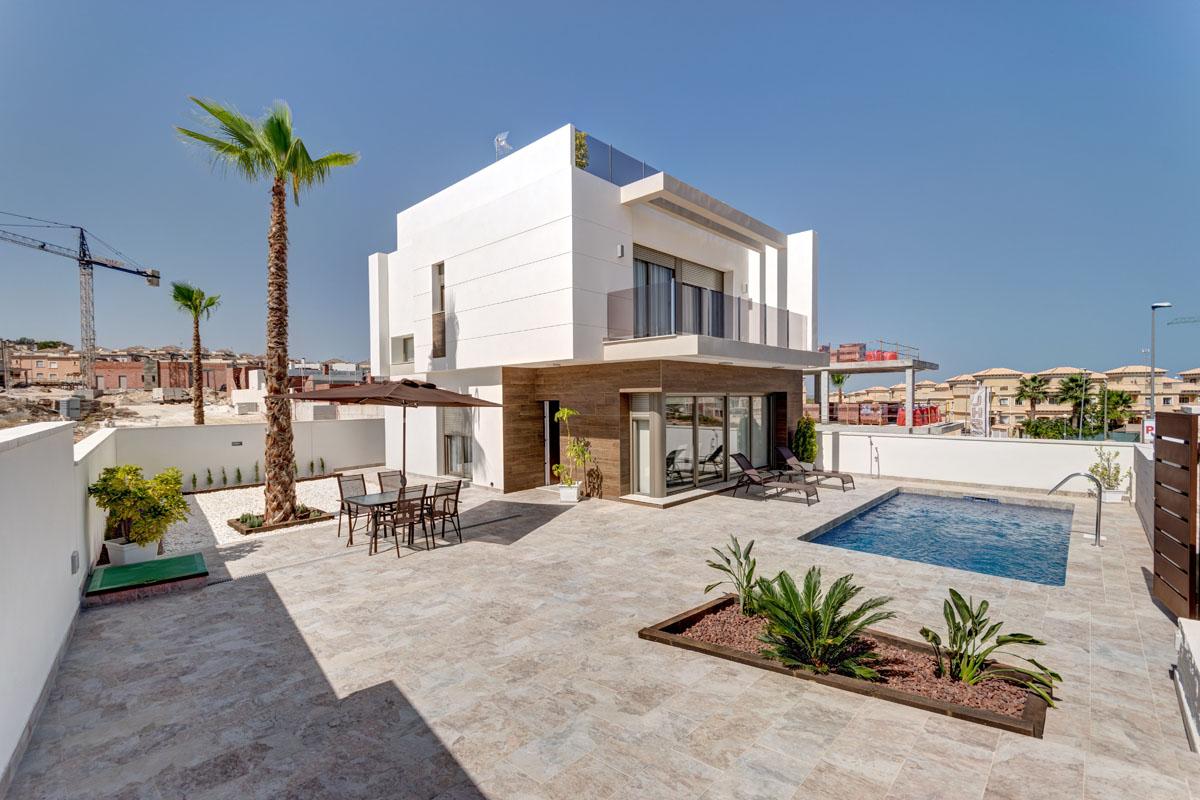Maison moderne espagne dans une villa avec location vacances maison anglet - Maison moderne espagne ...
